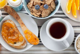 Losing weight can be as easy as eating high-energy breakfast
