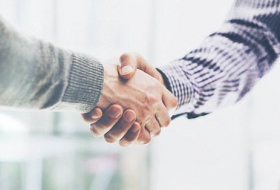 People with a strong handshake are better at problem-solving