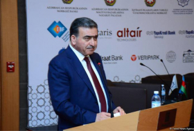 Azerbaijan to adopt new program of transition to non-cash payments
