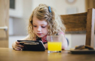 Screen time harm to children is unproven, say experts
