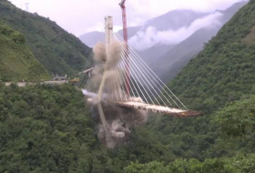 Unfinished Colombia bridge demolished after killing 10 - VIDEO