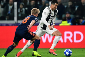 Ronaldo hits 100 Champions League wins as Juventus soar into last 16