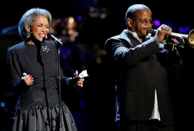 Grammy-winning jazz singer Nancy Wilson dies aged 81