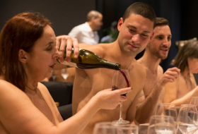 Naked lunch: why diners couldn't stomach the Paris nudist restaurant-  iWONDER