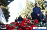 Azerbaijani public pays tribute to Black January victims -  PHOTOS