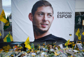 Body from plane wreckage identified as footballer Sala: UK police