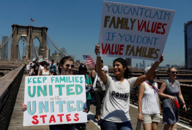 US officials discussed  secret  WH plan to deport families