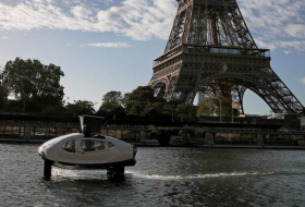 'Flying taxi' tested in Paris as city battles congestion & pollution-  NO COMMENT