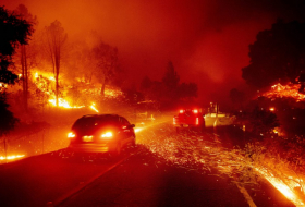 Thousands ordered to flee fast-moving Los Angeles wildfire-  NO COMMENT