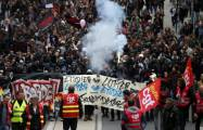 Why France is on strike-   iWONDER