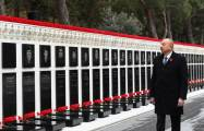 President Ilham Aliyev pays tribute to 20 January martyrs
