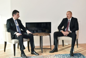Azerbaijani President meets with Georgian Prime Minister in Davos