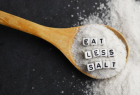 Cutting salt likely to prevent future heart disease, even if you're not at risk now
