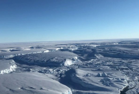 Greenland and Antarctica ice loss accelerating