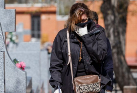 Coronavirus: Spain's deaths pass 9,000 as infection rate slows