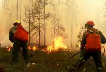 Forest fires burn out of control in Russia's Arctic region -   NO COMMENT