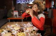 How to avoid overeating when working from home-  iWONDER