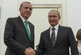Russia and Turkey hold hands in an East-West storm