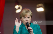 Merkel holds presser after winning German Parliamentary Election - VIDEO