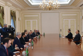 Azerbaijani President receives delegation led by Executive Director of American Jewish Committee