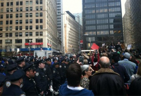 NY riot police block protesters at headquarters